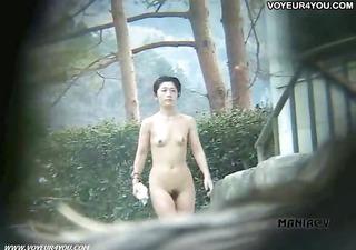 sexy spring voyeured body expose